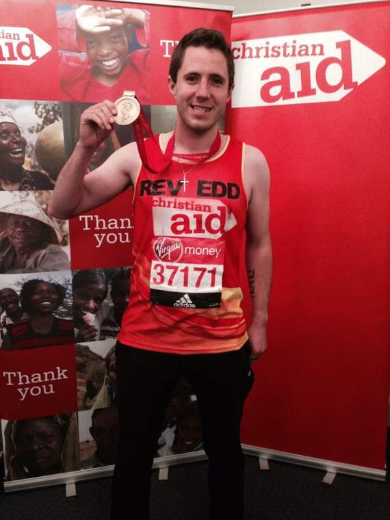 Southend vicar completes London Marathon despite suffering from food poisoning