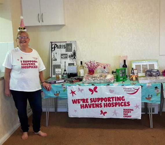 Rayleigh residents fundraise for charity through bake sale