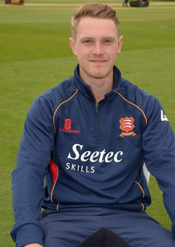 Essex County Cricket Club: Porter won't lose sleep over new-ball partner Wagner